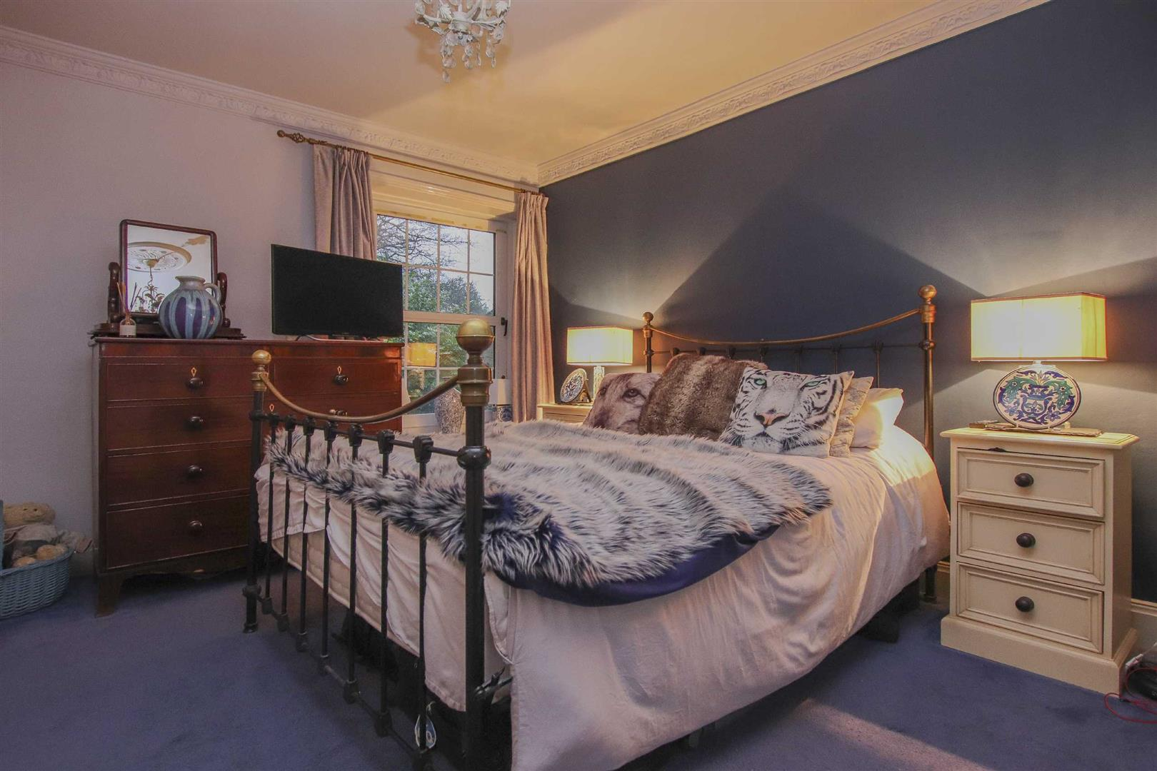 5 Bedroom Detached House For Sale - Image 12